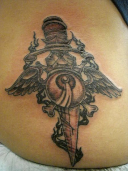 135-cuchillo-tattoo