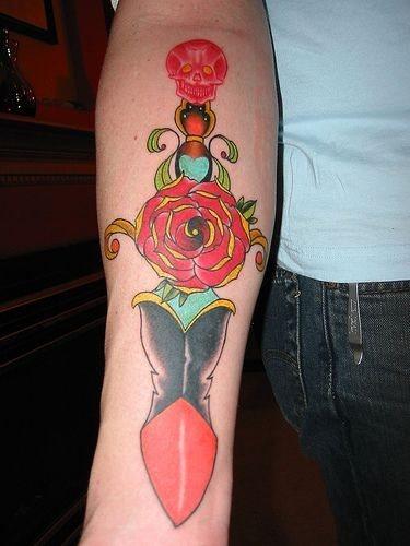 145-cuchillo-tattoo