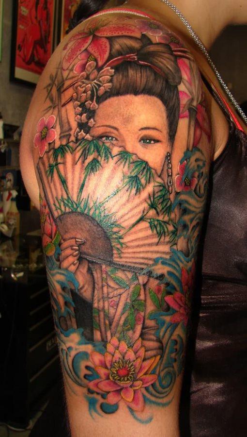 mujer-tatuaje-109