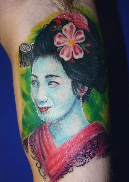 mujer-tatuaje-131