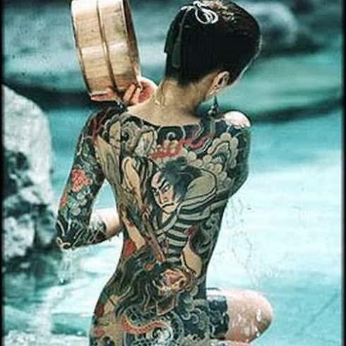 chicas-tatuajes-121