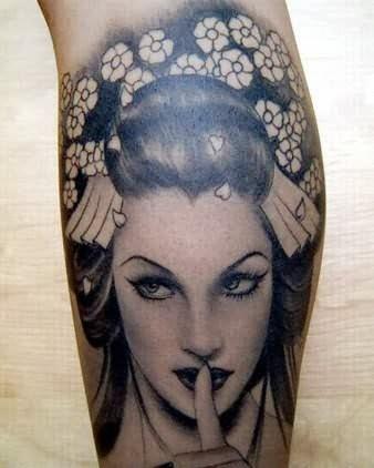 chicas-tatuajes-157