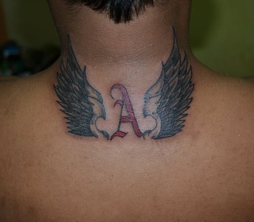 tatuajes-en-la-nuca-02