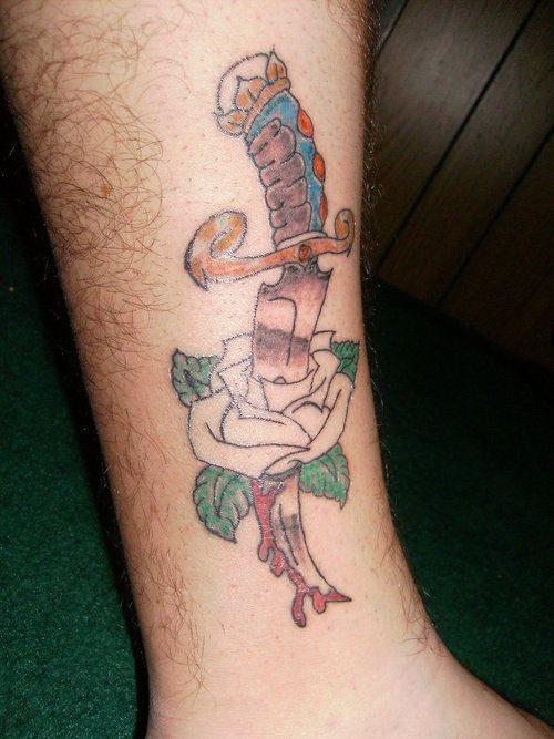 Tatuajes-de-cuchillos-31