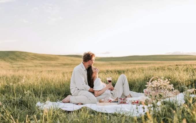 Hombre Capricornio y Mujer Piscis: Compatibilidad en Amor, sexo y amistad