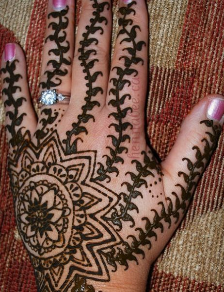 tatuaje henna 1056