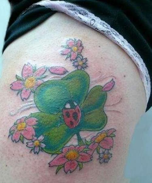 tatuaje trebol 22