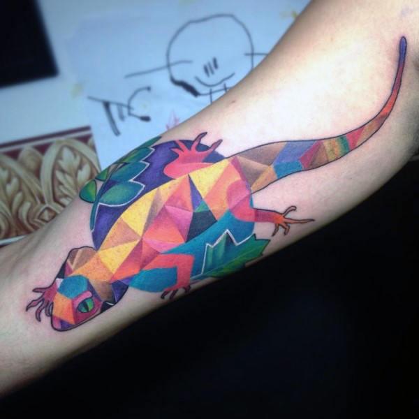 tatuaje lagarto para hombre 08