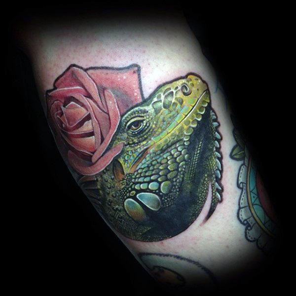 tatuaje lagarto para hombre 27