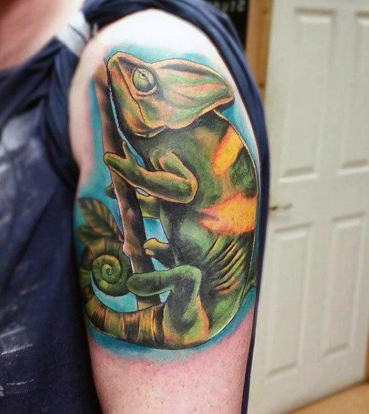 tatuaje lagarto para hombre 51