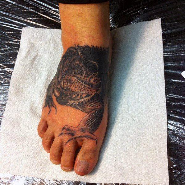 tatuaje lagarto para hombre 67