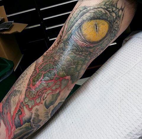 tatuaje lagarto para hombre 68