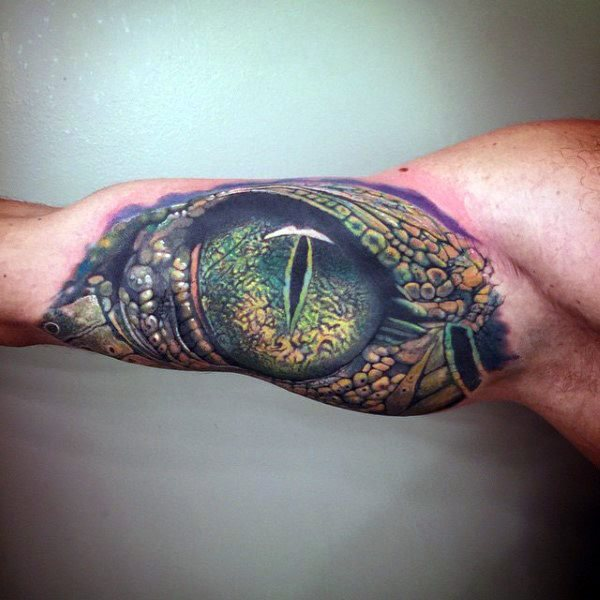 tatuaje lagarto para hombre 90