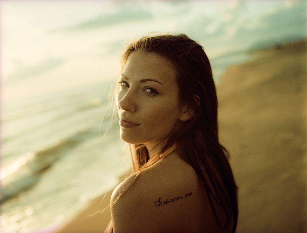 mujer-tatuaje