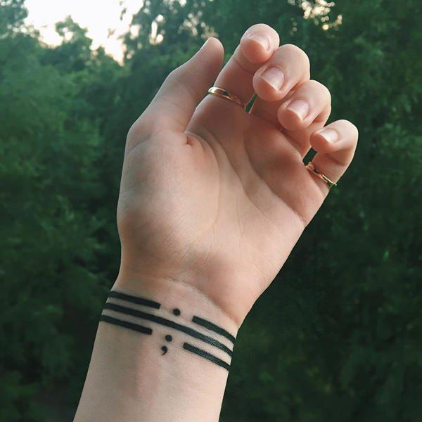 tatuaje punto y coma 506